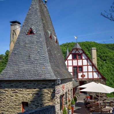 Râul Mosel din Germania - Castelul Eltz