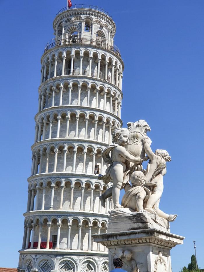 Turnul din Pisa, Italia