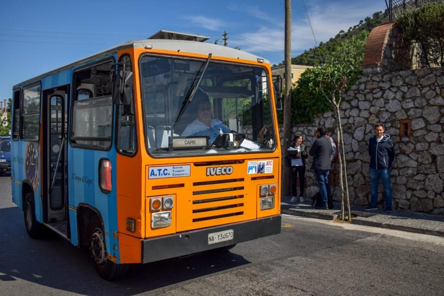 Autobuz în Capri