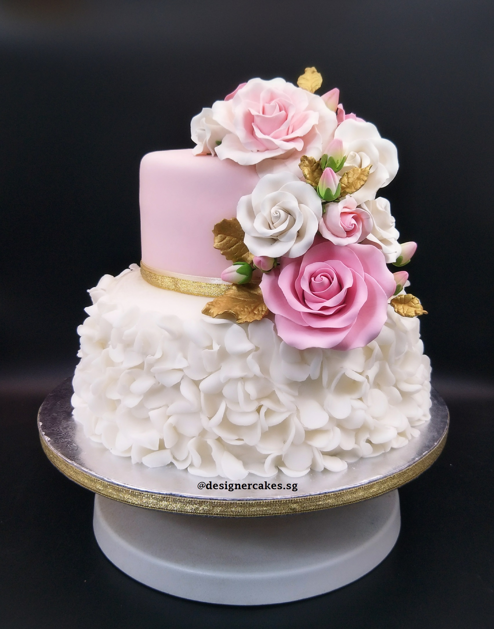 2 tier pink and white wedding cakes 2 tier pink and white wedding cake with sugar flowers 10133