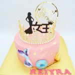 Cakes For Her - Crown Queen Tiara Mermaid Tail Pink Gold Flakes