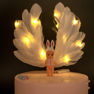 Light-Up Cake Toppers