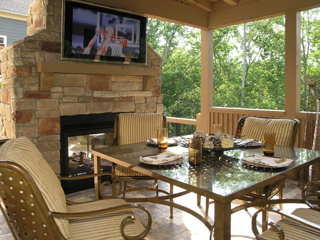 Tips To Up Your Home Value With An Outdoor Patio Deck Area ... on Backyard Patio Layout id=78531