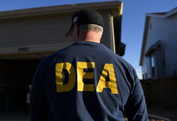 [TECH NEWS] DEA says AT&T still provides access to billions of phone records