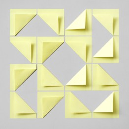 16 post-it notes