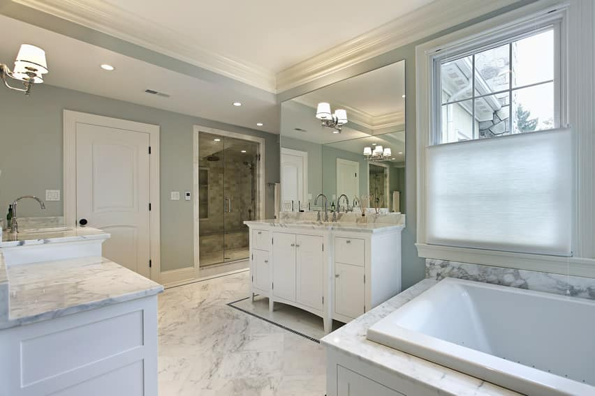 25 White Bathroom Ideas (Design Pictures) - Designing Idea on White Bathroom Design Ideas  id=23383