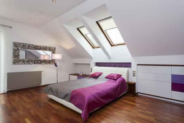 Tavan arası yatak odası modern tarzı