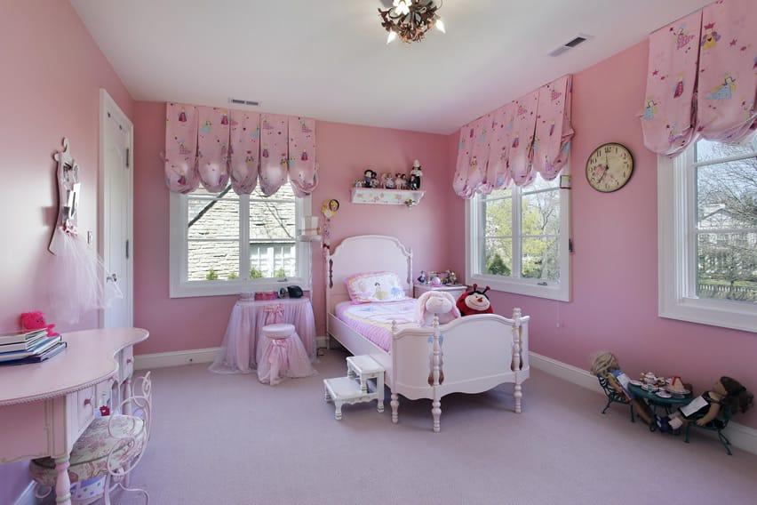 27 Beautiful Girls Bedroom Ideas - Designing Idea on Beautiful Rooms For Girls  id=59032