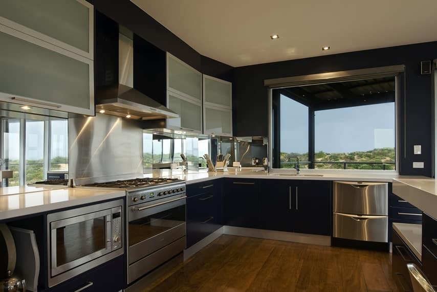 Luxury Kitchen Ideas (Counters, Backsplash & Cabinets ... on Modern Kitchen  id=39167