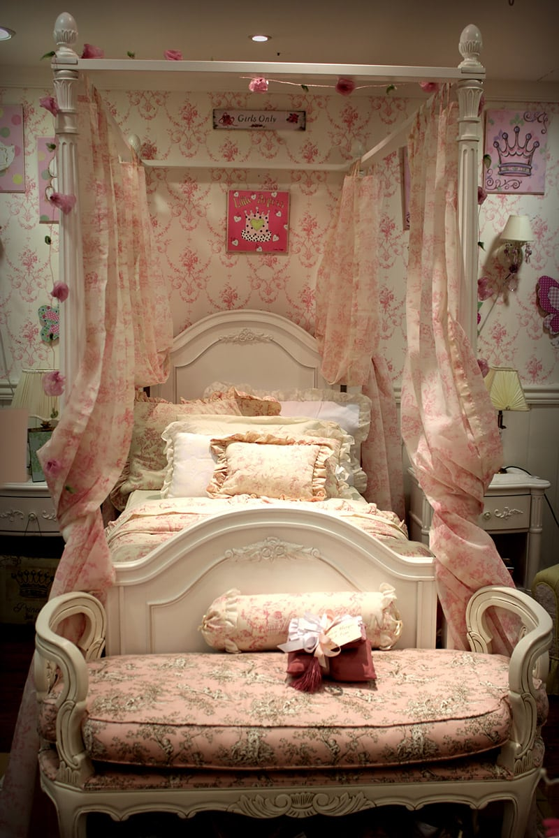 36 Cute Bedroom Ideas for Girls (Pictures of Furniture ... on Beautiful Room For Girl  id=22112