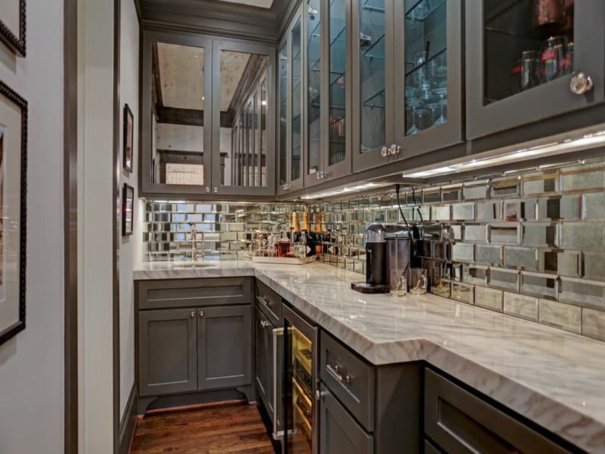kitchen mirror backsplash pros and cons