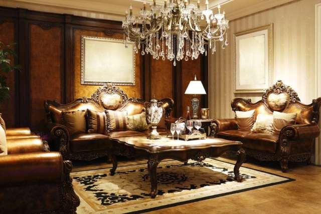 Deri mobilya ve avize ile zarif resmi oturma odası