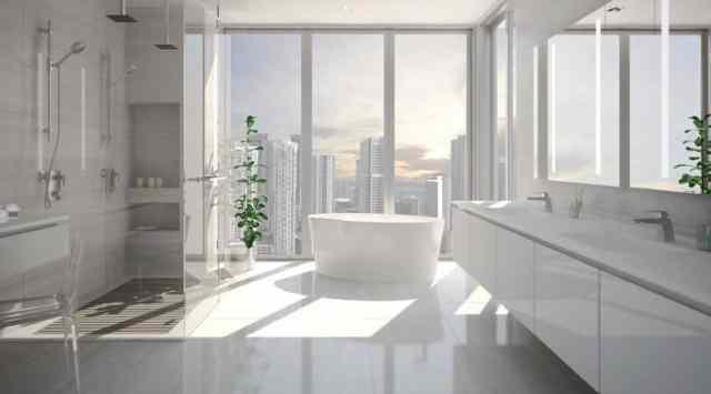 Japon tarzı reçine küvetli ebeveyn banyosu