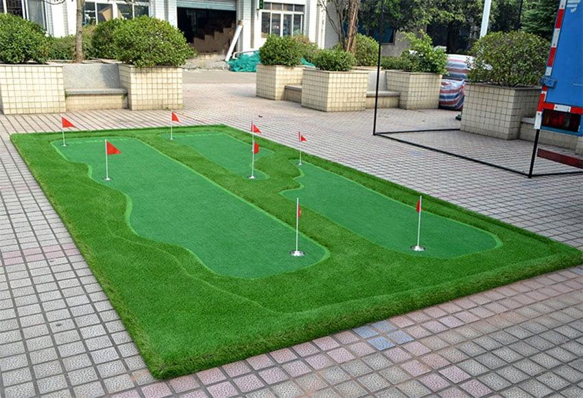 25 Golf Backyard Putting Green Ideas - Designing Idea on Putting Green Ideas For Backyard id=64100