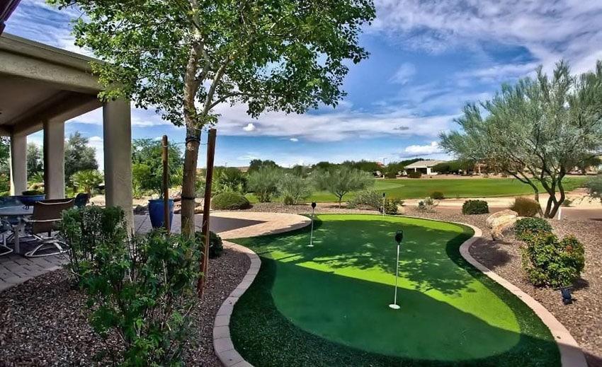 25 Golf Backyard Putting Green Ideas - Designing Idea on Luxury Backyard Design id=30049