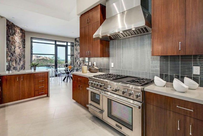 27 Small Kitchens with Dark Cabinets (Design Ideas ... on Modern Backsplash For Dark Countertops  id=99681