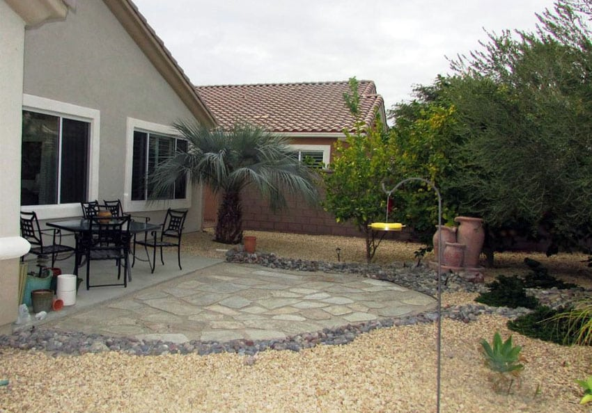 50 Best Gravel Patio Ideas (DIY Design Pictures ... on Backyard With Gravel Ideas id=99235