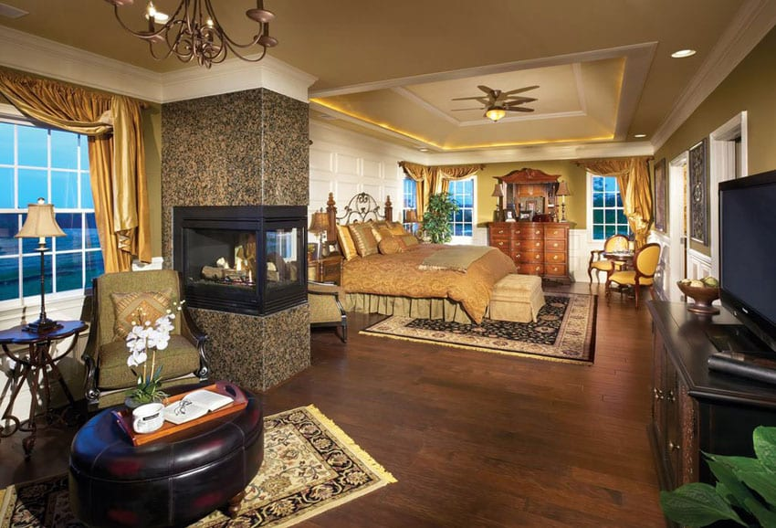 Luxury Master Bedrooms with Fireplaces - Designing Idea on Luxury Master Bedroom  id=48304