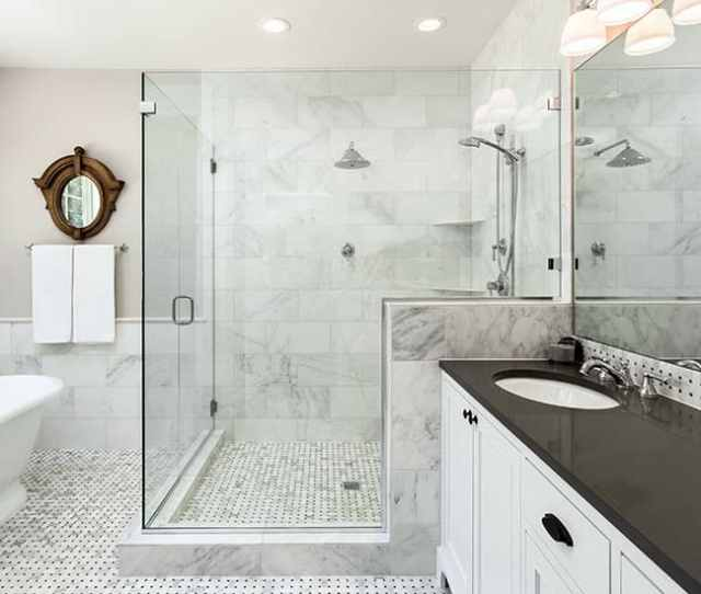 Black And White Bathroom Design With White Vanity Black Countertop