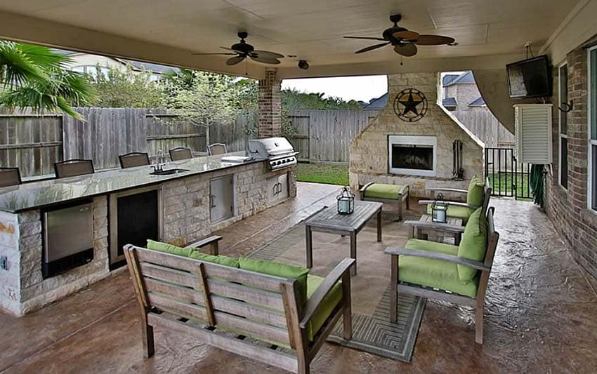37 Outdoor Kitchen Ideas & Designs (Picture Gallery ... on Outdoor Kitchen Patio id=43144
