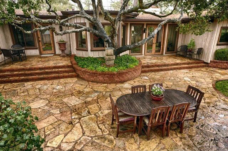 39 Best Flagstone Patio Designs (Pictures) - Designing Idea on Flagstone Backyard Patio id=37869