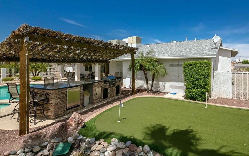 27 Golf Backyard Putting Green Ideas - Designing Idea on Putting Green Ideas For Backyard id=91506