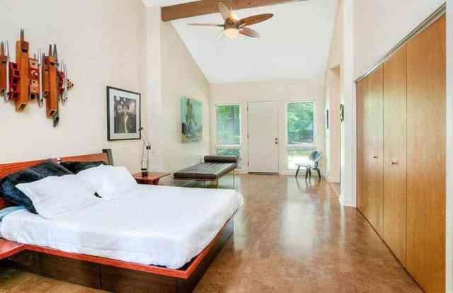 Mantar zeminli ebeveyn yatak odası