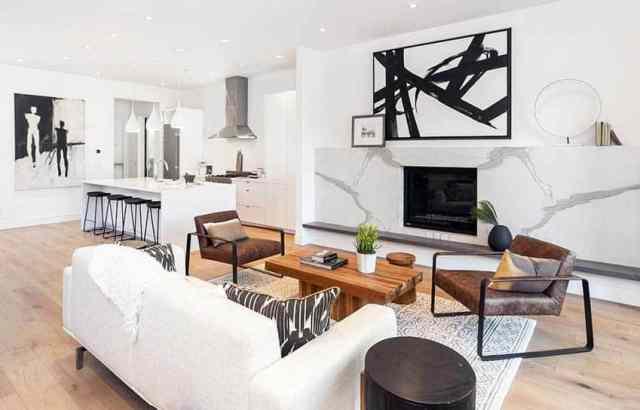 Mutfak mermer şömine ahşap döşeme ile modern bodrum oturma odası