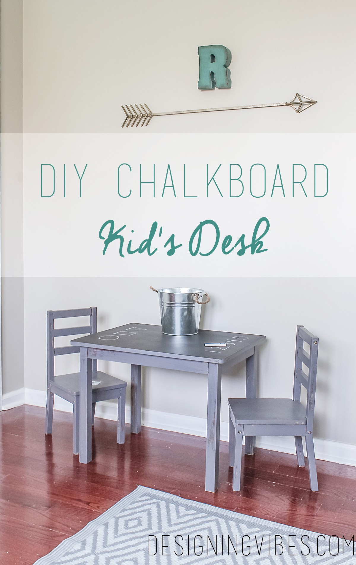 chalkboard top toddler desk DIY
