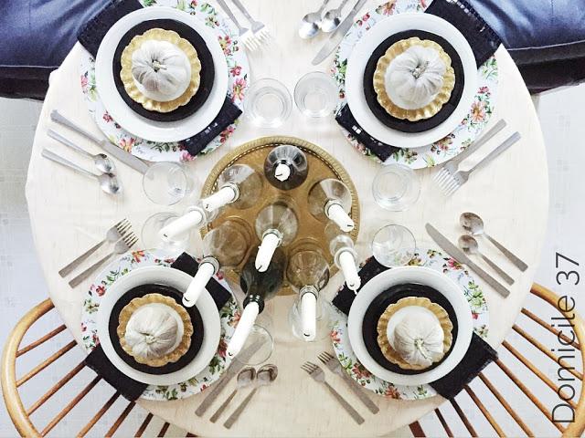 contemporary thanksgiving table decor