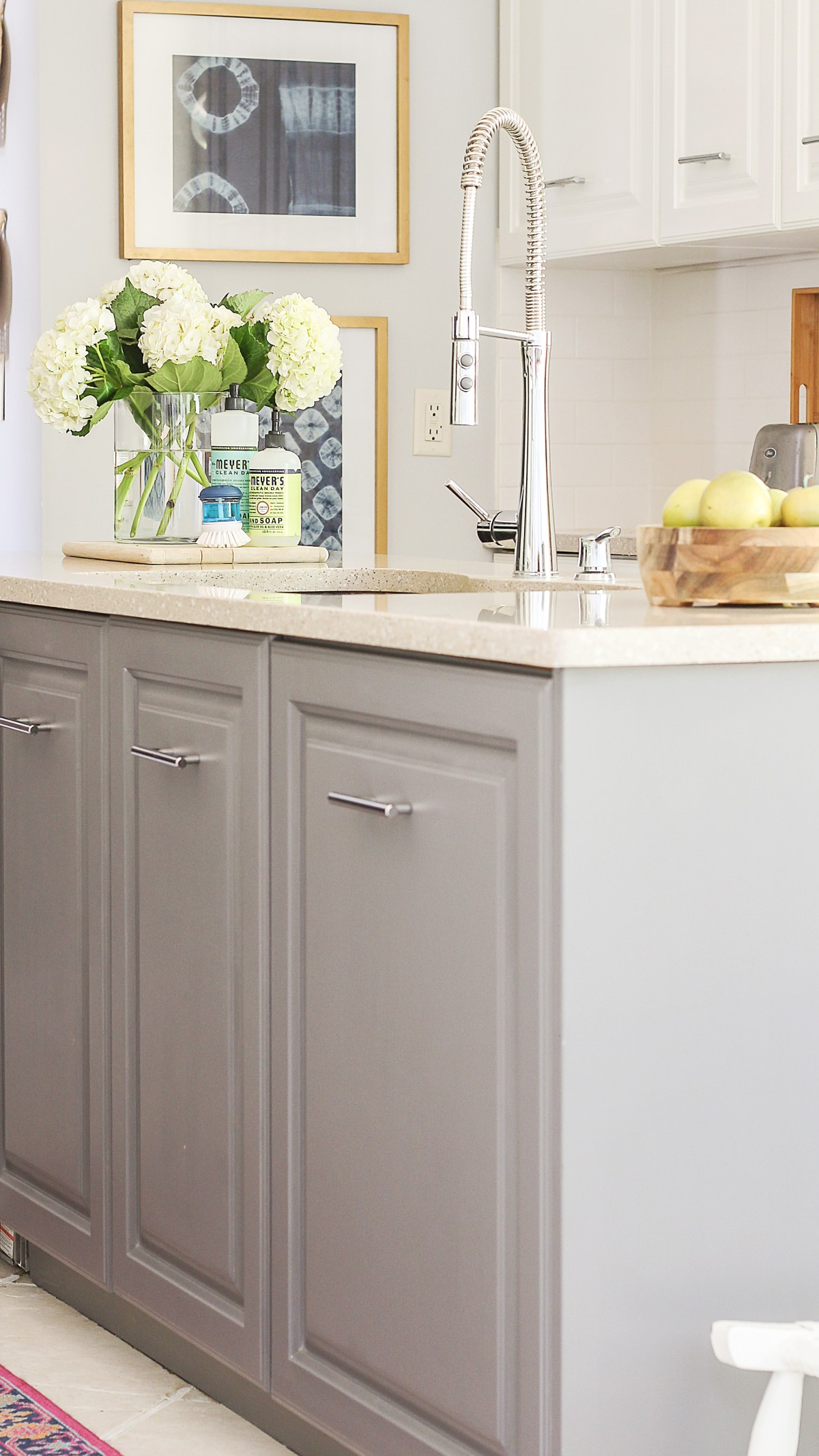 easiest way to paint kitchen cabinets