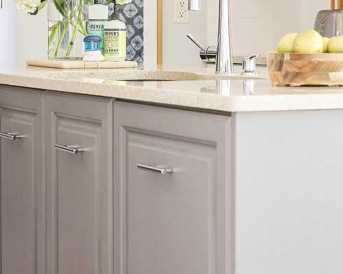 Diy laundry room closet makeover on the cheap modern for Cheap kitchen units for utility room