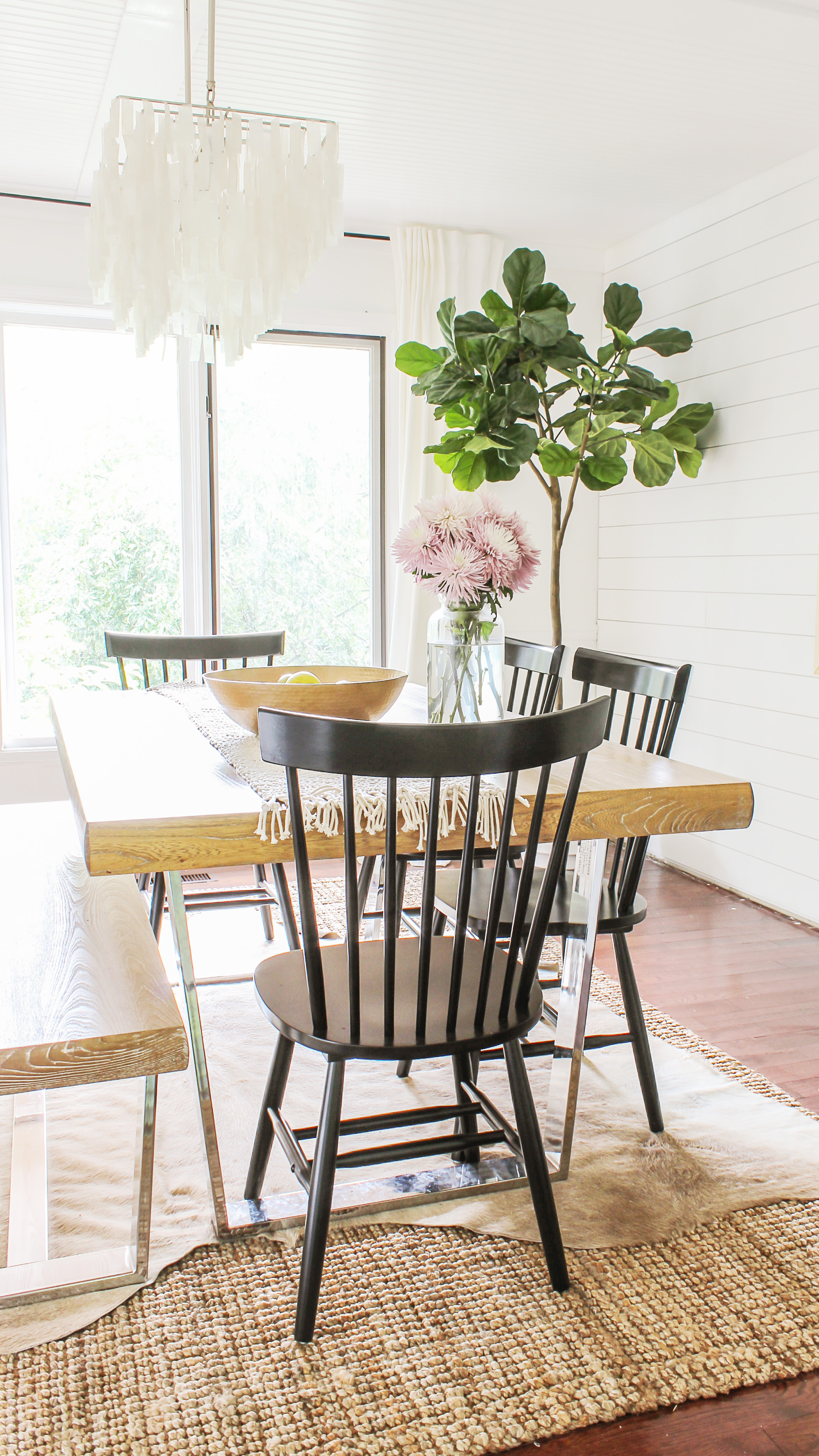 where to get modern farmhouse dining chairs on the cheap & Modern Farmhouse Dining Chairs Under $100 - Decor on the Cheap