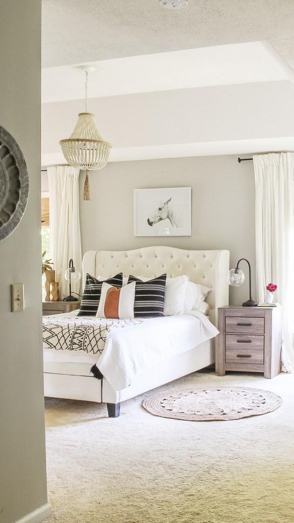 modern farmhouse bedroom refresh on a budget. Black Bedroom Furniture Sets. Home Design Ideas
