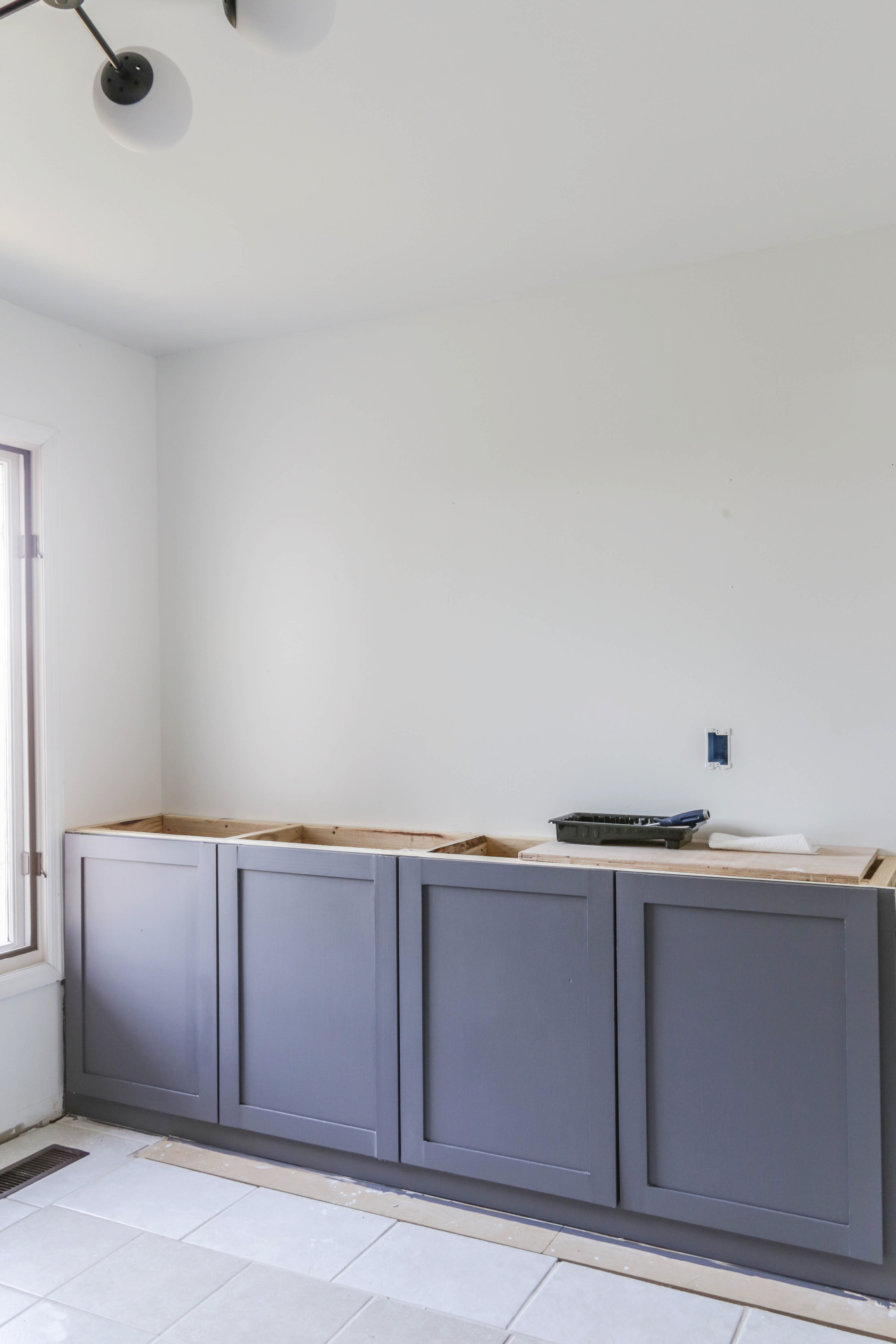 Awesome Diy Kitchen Cabinets For Under 200 A Beginners Tutorial Interior Design Ideas Lukepblogthenellocom