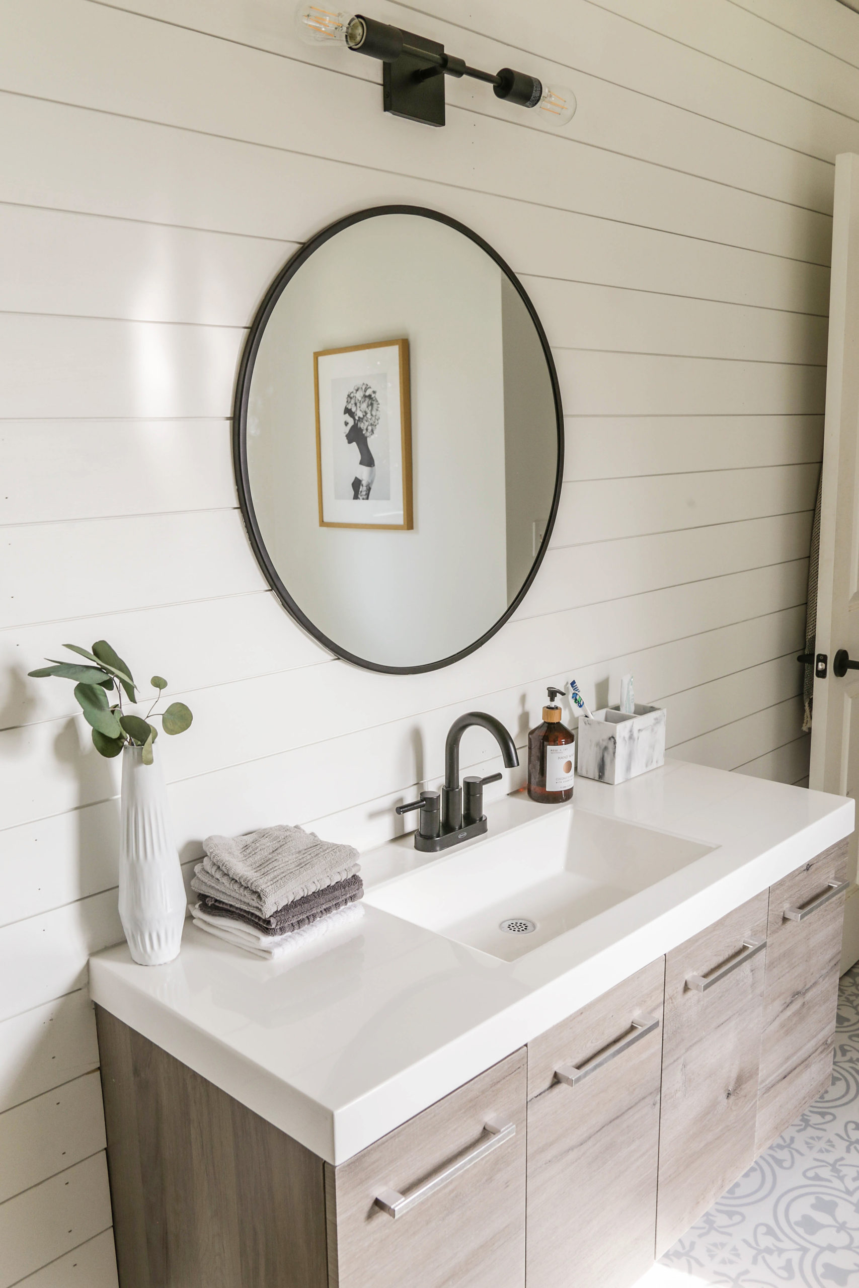 Reveal: Boho Farmhouse Master Bathroom Remodel with Decor ...