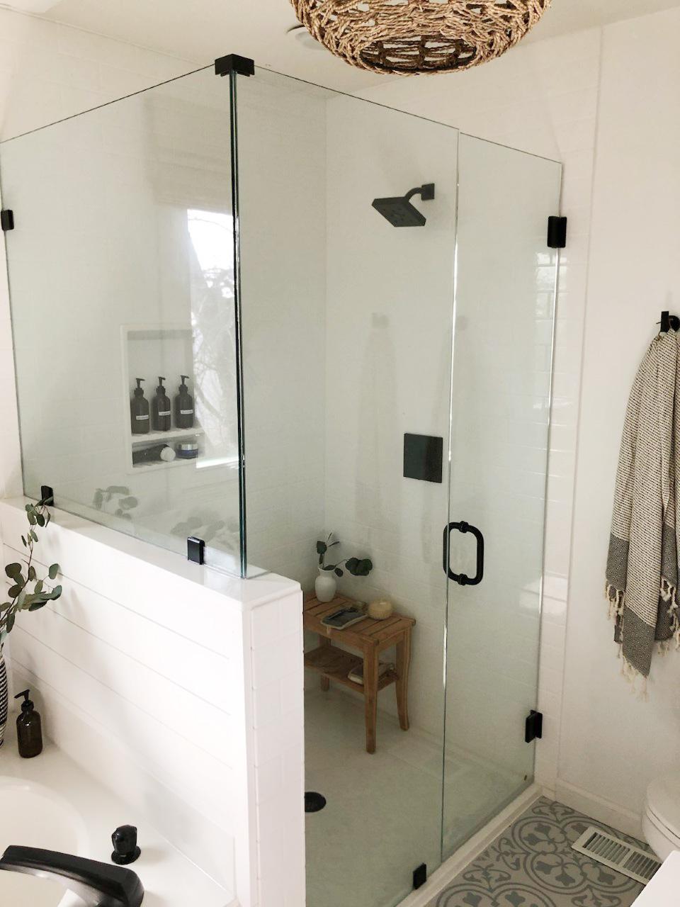 Reveal: Boho Farmhouse Master Bathroom Remodel with Decor ...