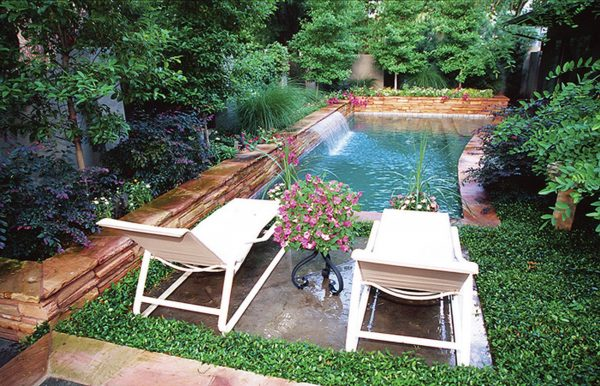 40 Amazing Design Ideas For Small Backyards on Small Backyard Patio Ideas On A Budget id=31034