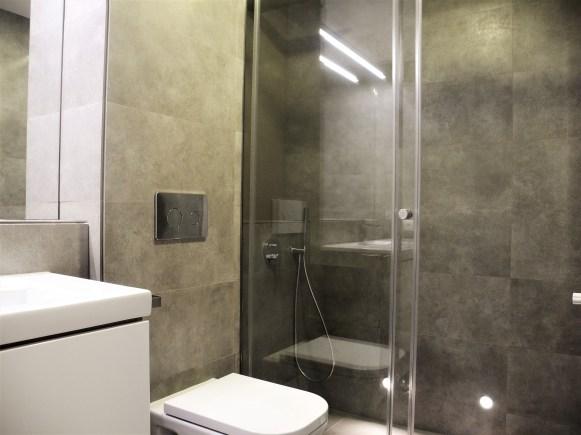 Baño luz balizas ducha