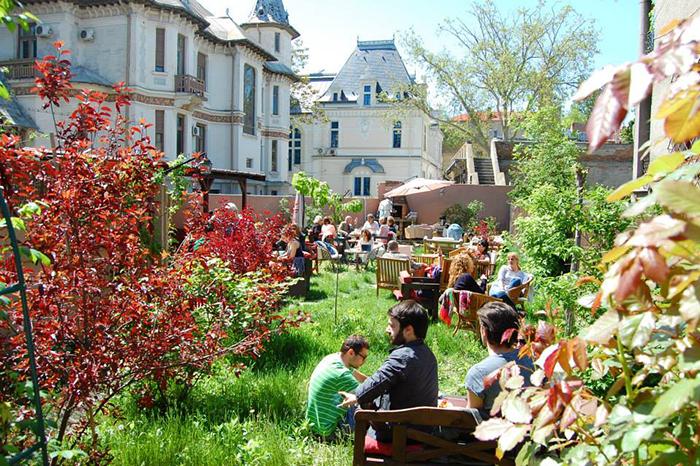 Terase si gradini designish Bucuresti Designist 7 Terase și grădini din București pentru relaxări DESIGNIST în oraș