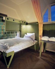 DesignJoyBlog // Lloyd hotel Amsterdam 1 star room Christoph Seyferth - Rob 't Hart