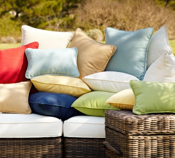 outdoor-pillow3