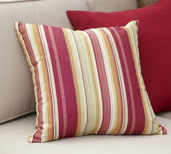 outdoor-pillows-colorful-stripes