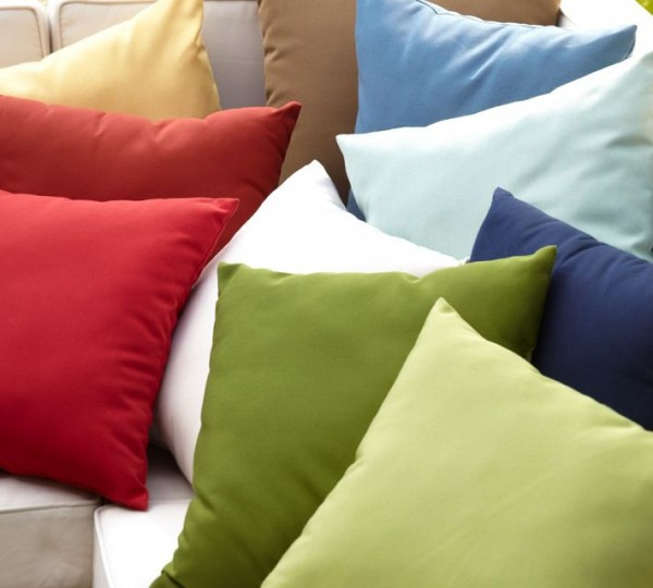 outdoor-pillows1