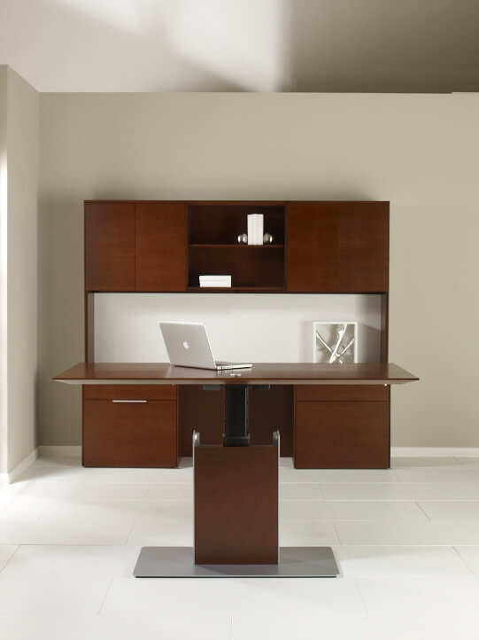versatile-collection-of-office-furniture