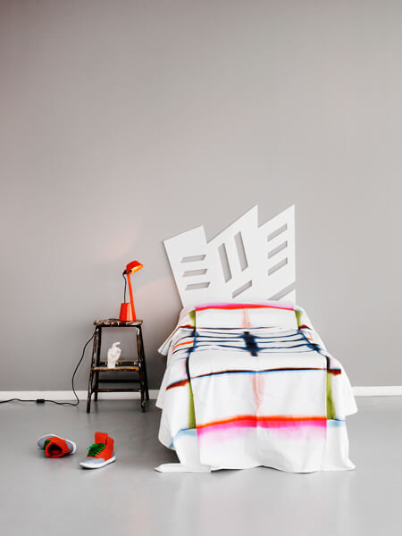white-funky-headboard-by-Myrica-design