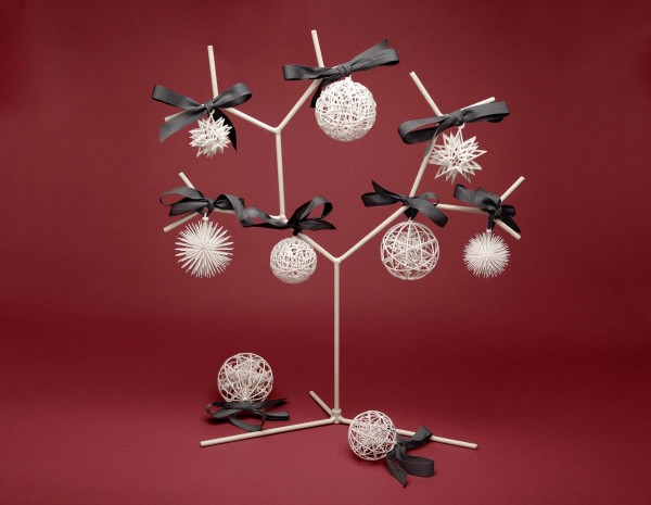 White-Christmas-balls-by-exnovo