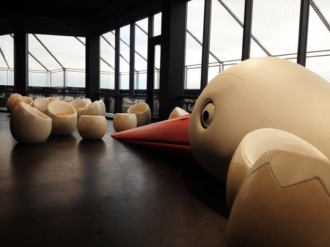 Nest-themed-bar-design-in-Nantes