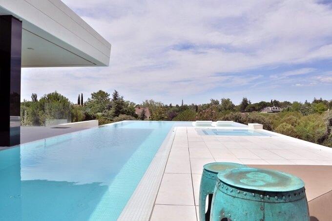 Infinity-pool-design