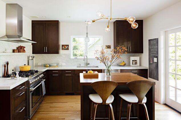 Oak-kitchen-cabinetry